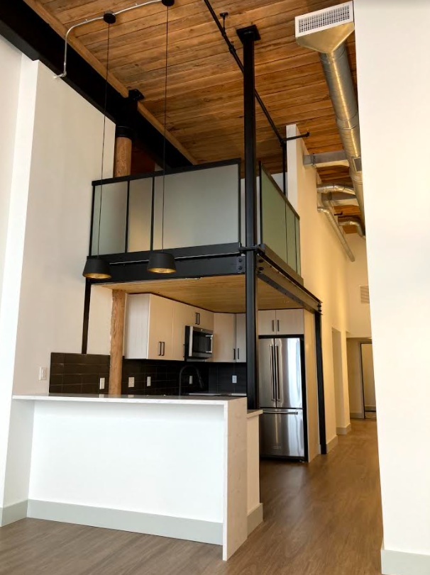 Lawrence Apartment
