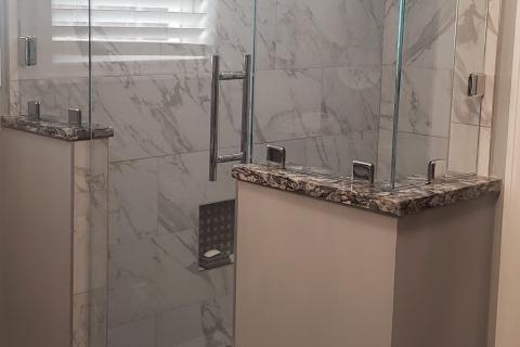 Inline shower with 90-degree return